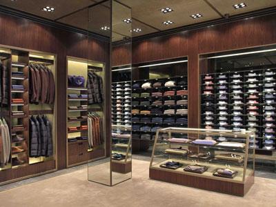 Kiton sviluppo retail Asia