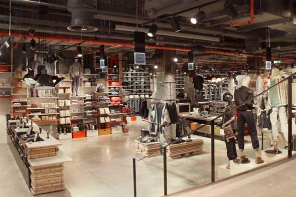 LEVI'S, flagship store Champs Élysées