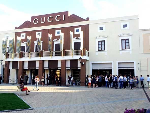 GUCCI Sicilia Outlet Village