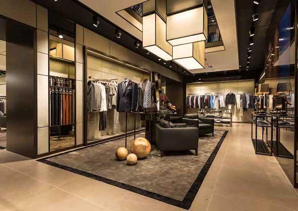 HUGO BOSS flagship store Parigi