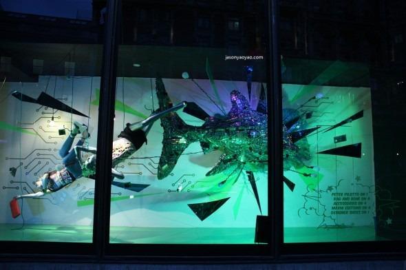 HARVEY NICHOLS vetrine Londra