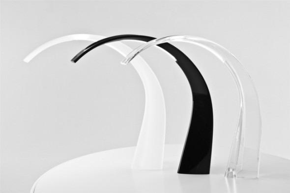 Due nuovi prodotti kartell la lampada taj del designer ferruccio