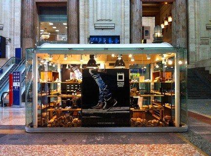D-A-T-E temporary store Milano