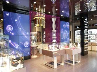 Stroili Oro ha inaugurato un nuovo store a Milano