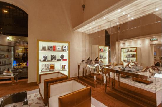 FERRAGAMO gift shop Firenze