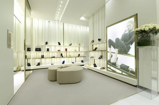 Giuseppe Zanotti Design via Montenapoleone Milano