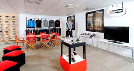 Lotto Sport Italia showroom Parigi