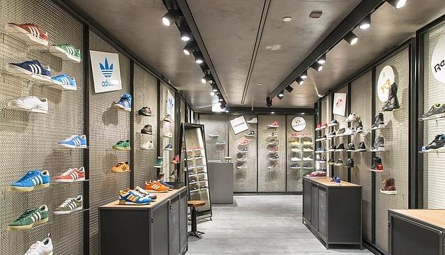 Sneakers Zone a LA RINASCENTE di Milano.