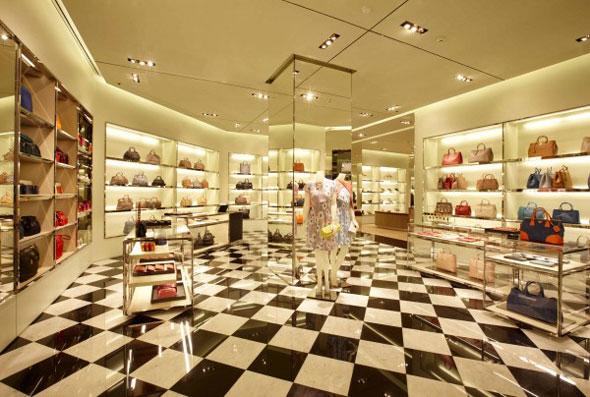 new arrival 67dc5 b59ad PRADA: nuovo negozio a Bangkok. | AN Shopfitting Magazine
