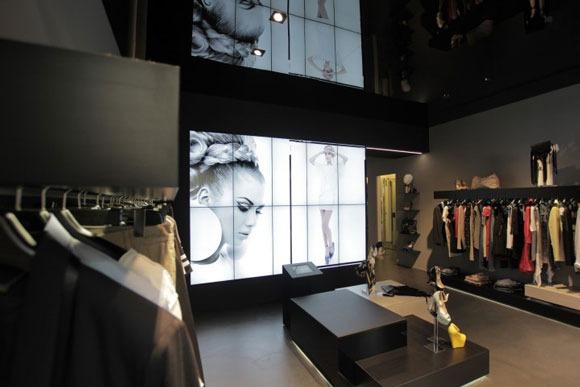 MANGANO flagship store Milano AN retail design