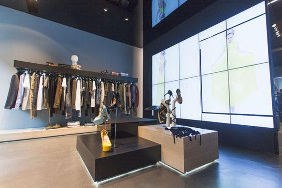 MANGANO flagship store Milano
