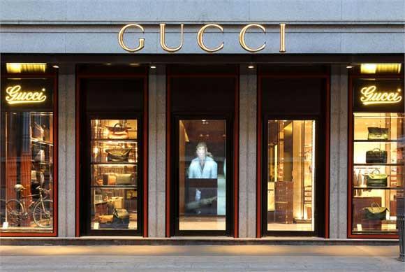 Gucci flagship milano