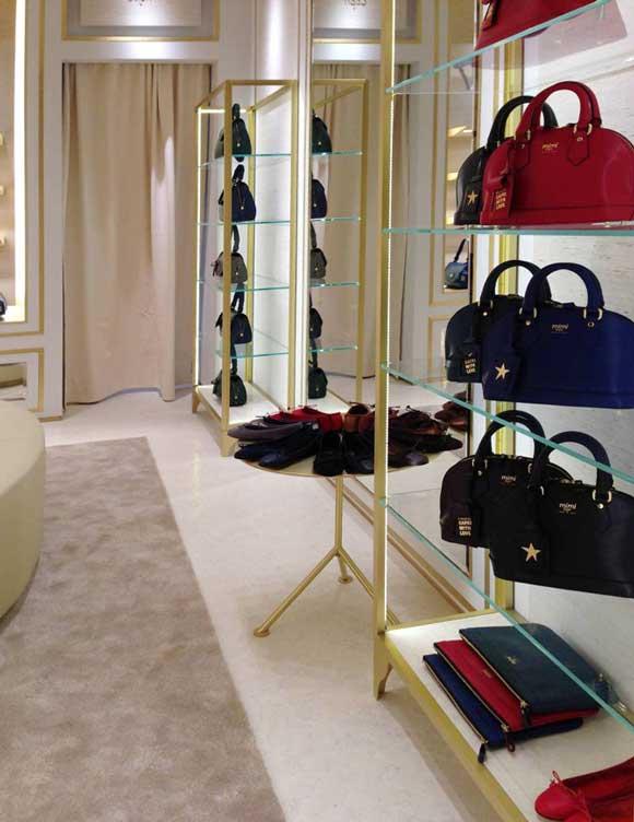 MIMI Capri flagship store PARIGI