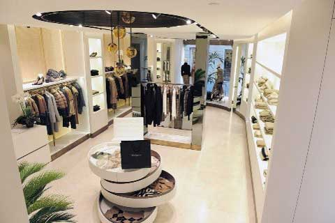Les Copains nuovo concept store Roma