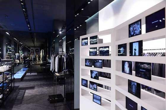 il nuovo concept store del brand automobilistico Porsche Design