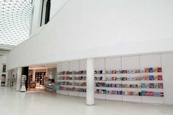 Lumsden_design-bookshop-British-Museum-retail