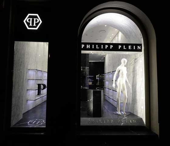 PHILIPP PLEIN Milano via montenapoleone