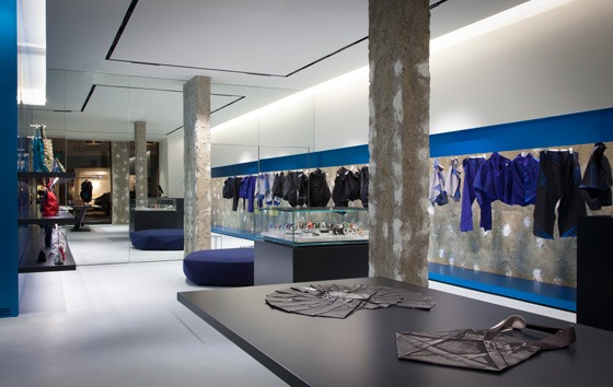 Issey-Miyake-store-by-Tokujin-Yoshioka-retail-design-concept-store