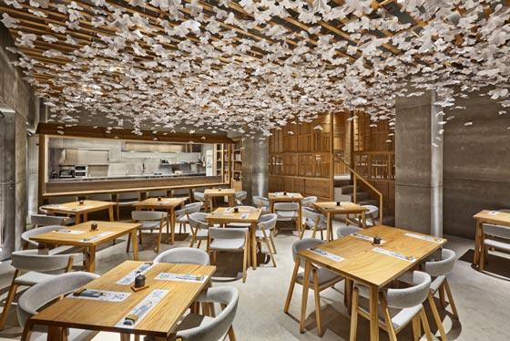 Nozomi-Sushi-Bar_Masquespacio_Cualiti-Photo-Studio_AN-retail-design