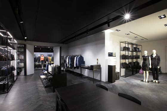 Porsche-Design-show-room-new-york-AN-shopfitting-magazine