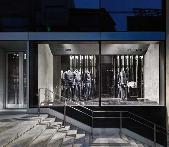 Les Hommes entrusted the project design for its boutique to Piuarch