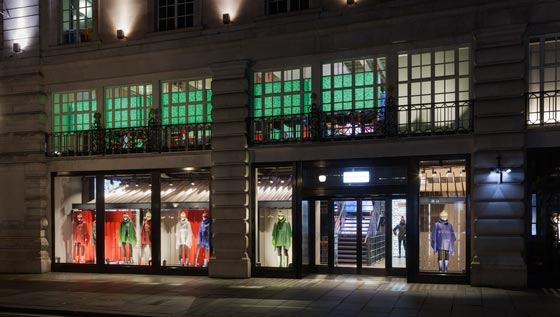FLAGSHIP STORE HUNTER Londra Checkland Kindleysides