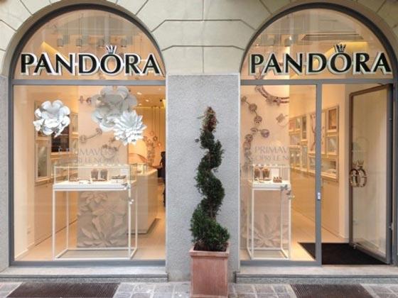 pandora-gioielli-negozio-monza