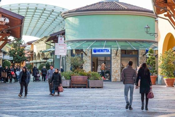 xt-retail-news-Franciacorta-Outlet-Village_AN_shopfitting-magazine