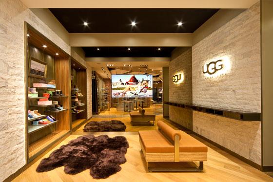 UGG_AUSTRALIA_Tokyo_Garde_AN_shopfitting-magazine