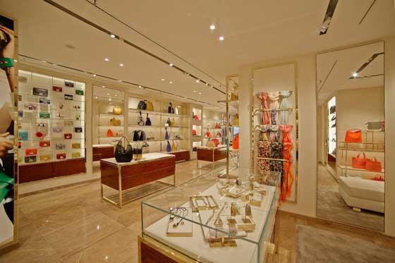 boutique FURLA Monaco