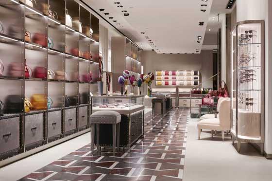 Gucci-negozio-di-Via-MonteNapoleone-Milano