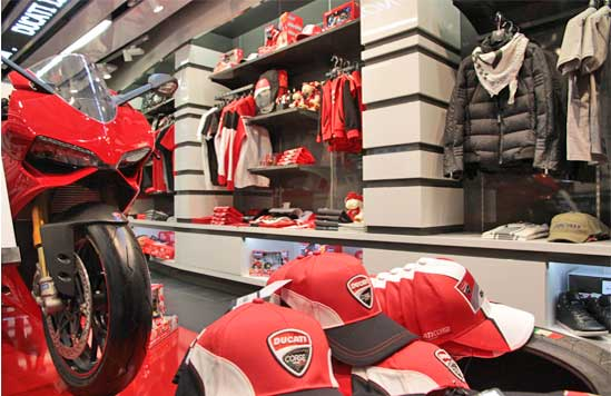 ducati-store-bologna-aereoporto
