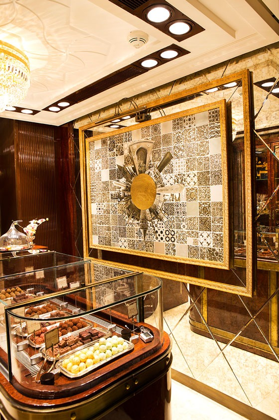 Four-Seasons-chocolate-shop-BRN-architects