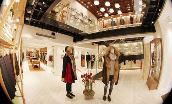 WOOLRICH apre un nuovo flagship store a Berlino.  abede950fa7c