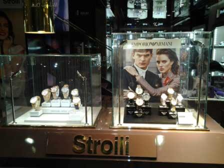 visual merchandising esporre gioielli