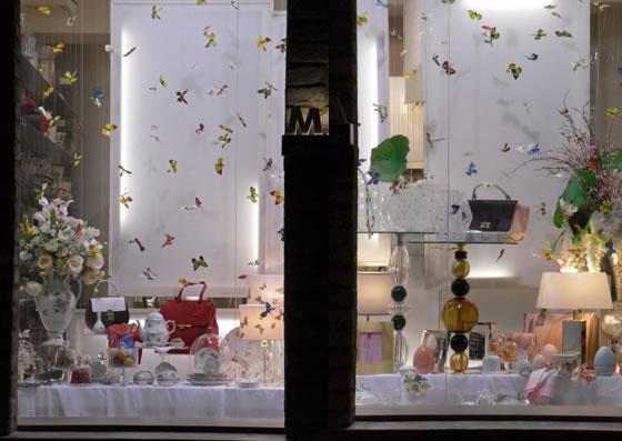allestimento vetrina_butterfly_tea design Gariselli Associati