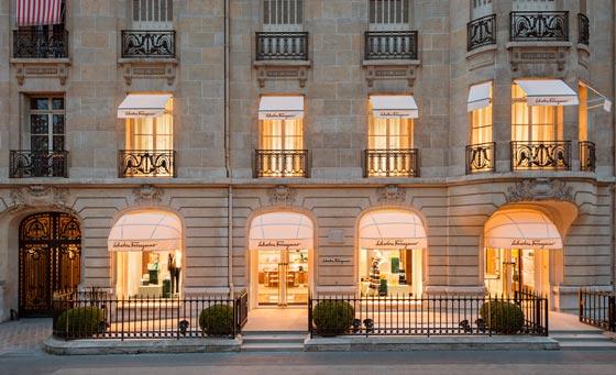 flagship store salvatore ferragamo parigi
