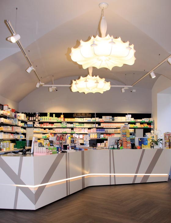 Th.Kohl arredi per farmacie