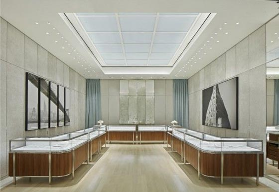Tiffany Co flagship store roma