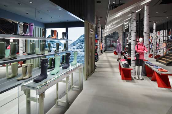 Hunter Tokyo flagship store