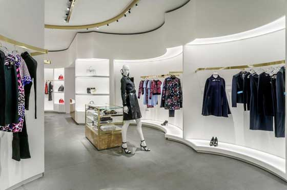 versace boutique boston