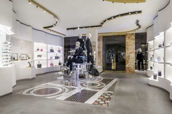 boutique Versace Boston Stati Uniti